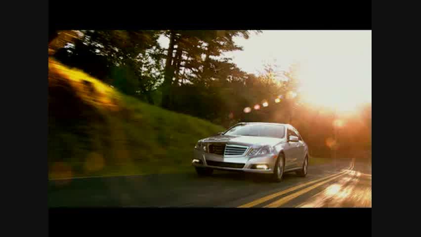 Mercedes-Benz E550 Sedan - Running