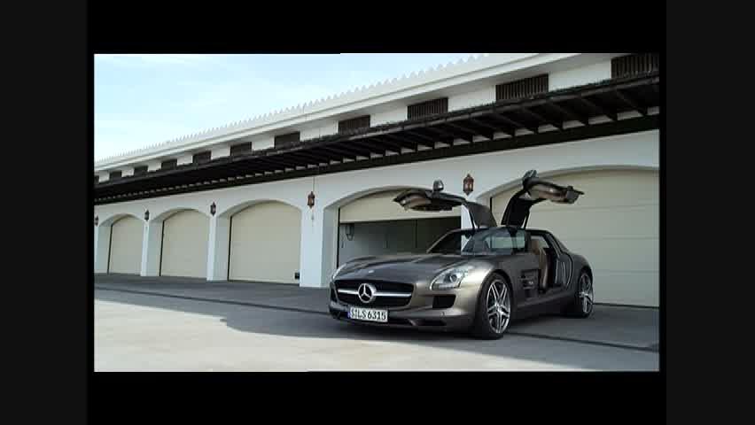 2012 Mercedes-Benz SLS AMG Roadster - Running Footage