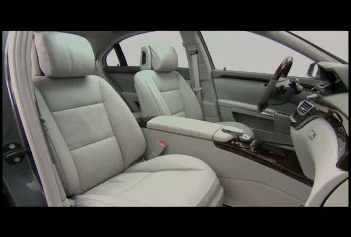 2010 Mercedes-Benz S550 - Interior