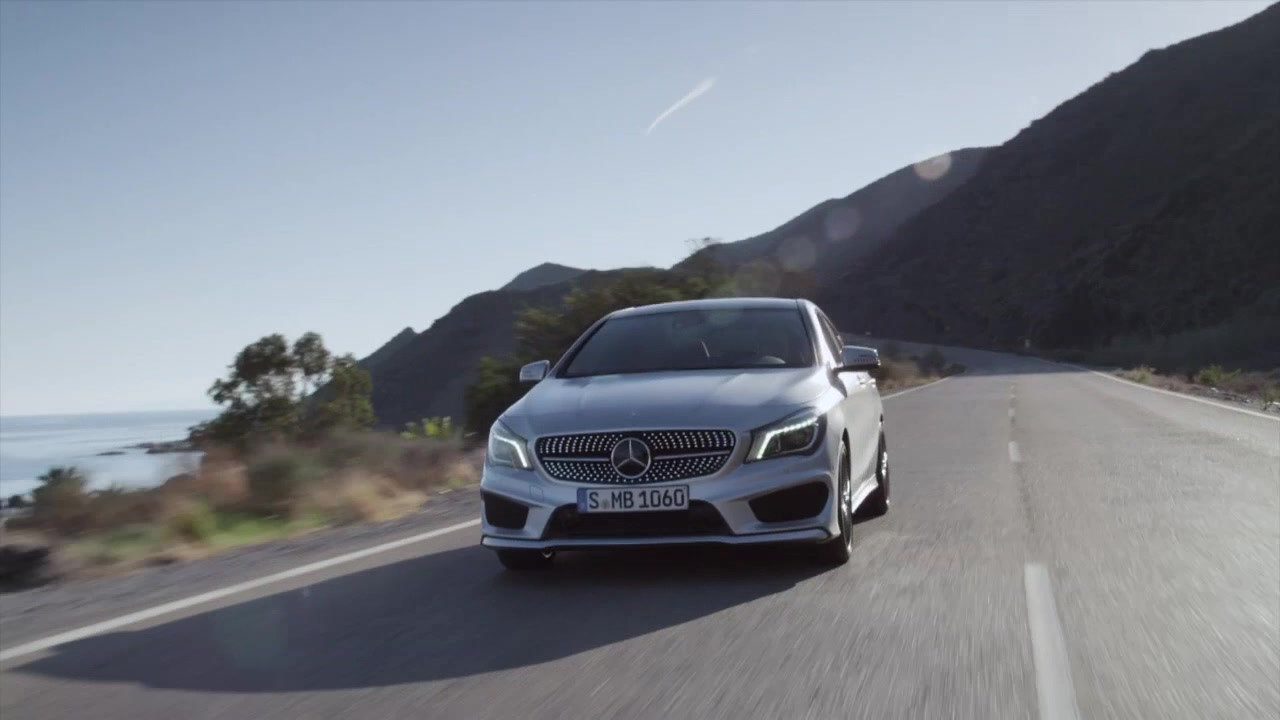 2014 Mercedes-Benz CLA250 - Running Footage