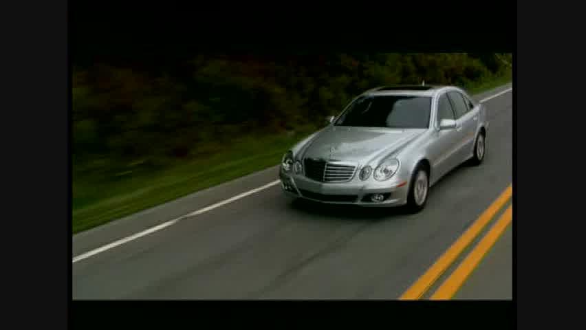 Mercedes-Benz E320 BlueTEC- Running