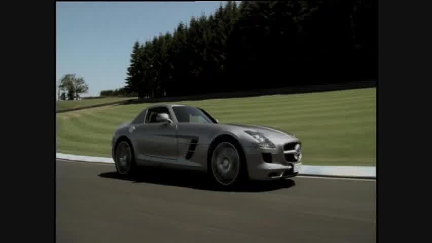Design: 2009 The distinctive design of the Mercedes-Benz SLS procures spontaneous fascination