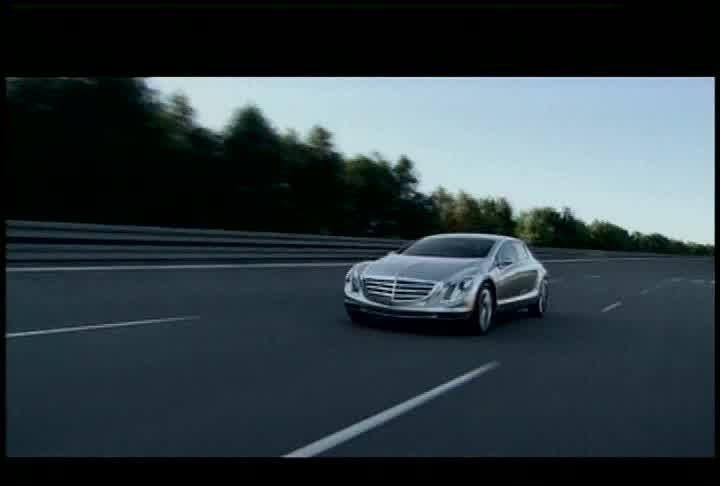 Mercedes-Benz F700 - Running