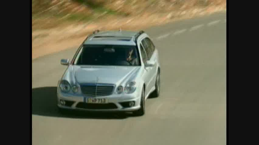 Mercedes-Benz E63 AMG Wagon - Running